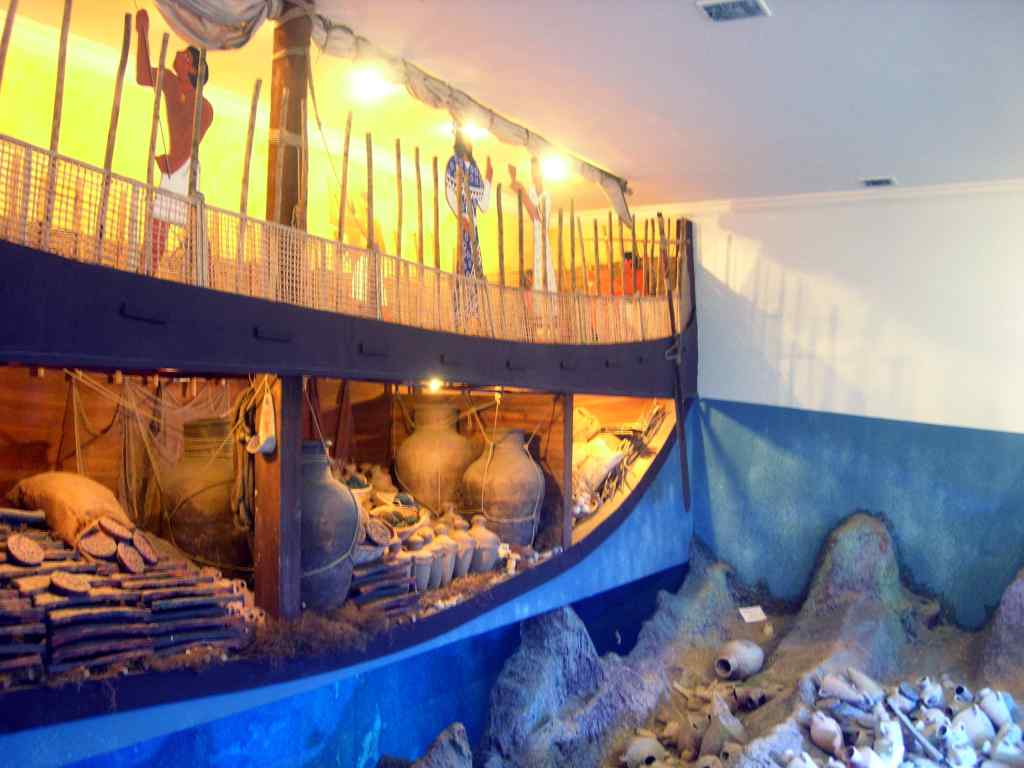 Bodrum Underwater Archeology Museum,Light Tours Vacation Activities, Holiday Locations 98