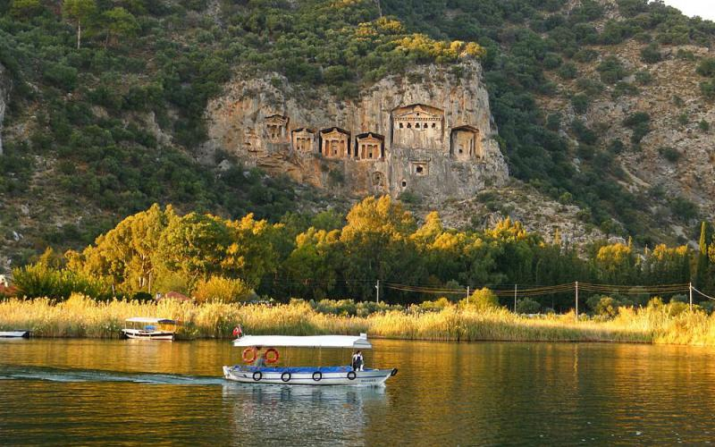 Dalyan Turtle Beach  activities light tours daily tours