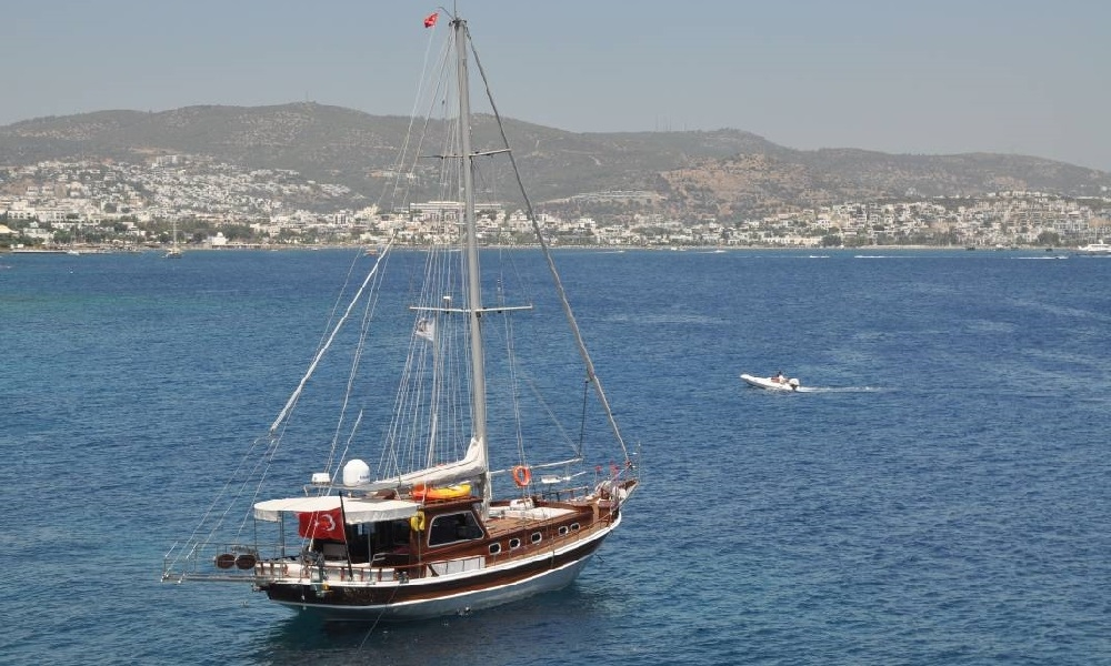 Zehra Hanım bodrum rental yachts, boat rental, light tours yacht rental, blue cruise,Light Tours Blue Cruise, Gulet Charter, Yacht Charter,Bodrum Zehra Gulet 2671