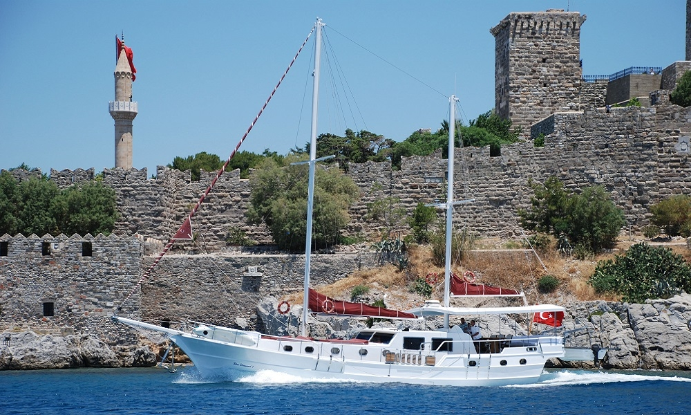 Blue Diamond bodrum rental yachts, blue cruise trips, boat trips,Light Tours Blue Cruise, Gulet Charter, Yacht Charter,Cabin Rental 2686