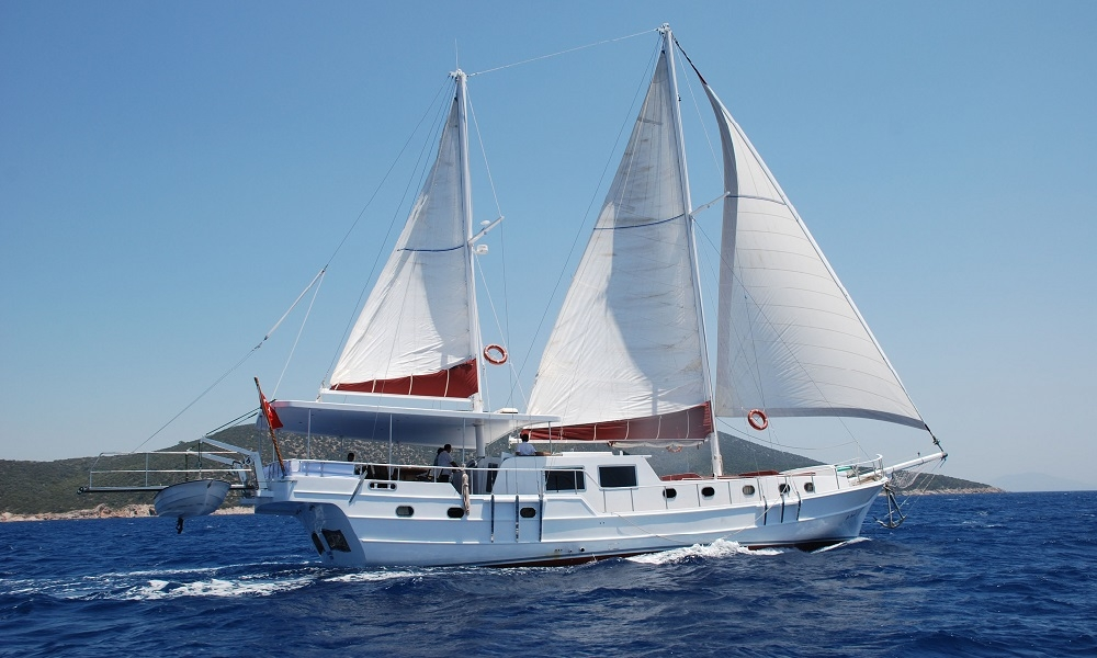 Blue Diamond bodrum rental yachts, blue cruise trips, boat trips,Light Tours Blue Cruise, Gulet Charter, Yacht Charter,Blue Diamond Motoryacht 2692