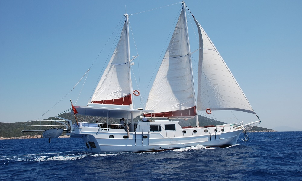 Blue Diamond bodrum rental yachts, blue cruise trips, boat trips,Light Tours Blue Cruise, Gulet Charter, Yacht Charter,Blue Diamond Motoryacht 2687