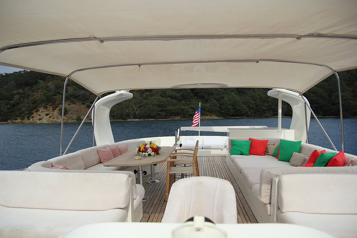 irdode rental boat fethiye light tours