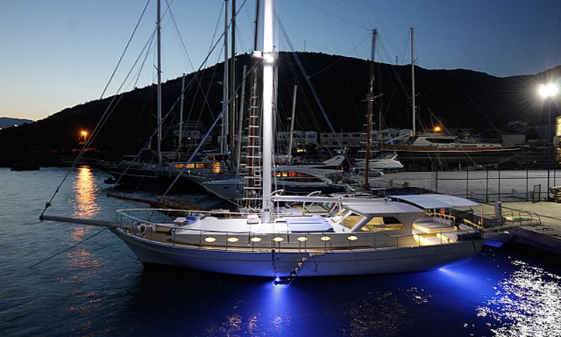 Mini gulet rental fethiye light tours