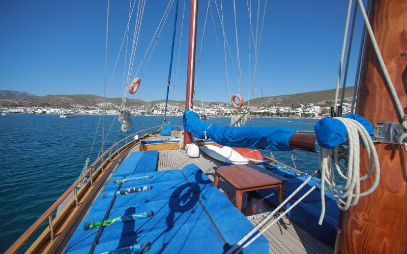 Gusto gulet bodrum yacht rental light tours yachts